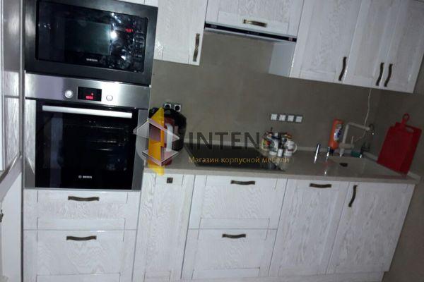Магазин корпусной мебели Intense производит Кухни Классический стиль - Кухня Модерн в белом - Массив ясеня