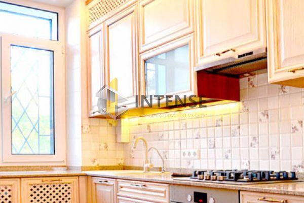 Магазин корпусной мебели Intense производит Кухни Классический стиль - Кухня Лера - массив дуба с патиной