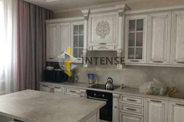 Магазин корпусной мебели Intense производит Кухни Классический стиль - Кухня из массива дуба с островом