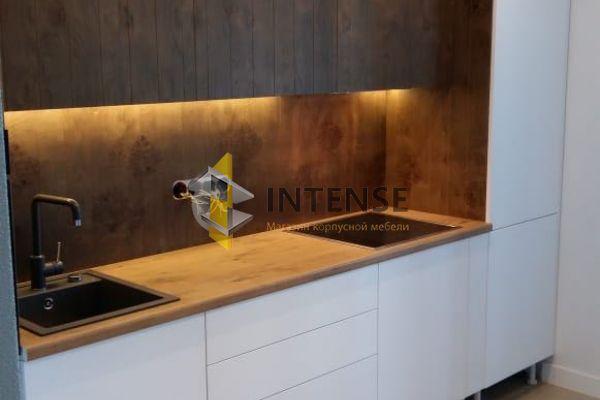 Магазин корпусной мебели Intense производит Кухни Современный стиль - Сучковый шпон дуба. Экслюзивная работа.