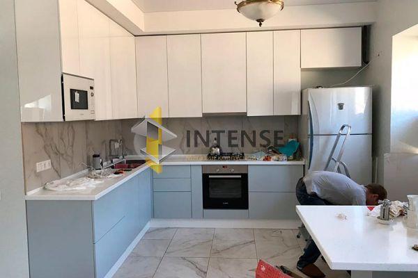 Магазин корпусной мебели Intense производит Кухни Современный стиль - Кухня в эмали. Верх глянец, низ шелковисто матовый.