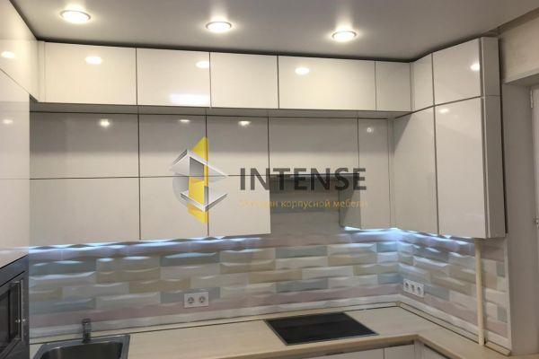 Магазин корпусной мебели Intense производит Кухни Современный стиль - Кухня из пластика Arpa в глянце