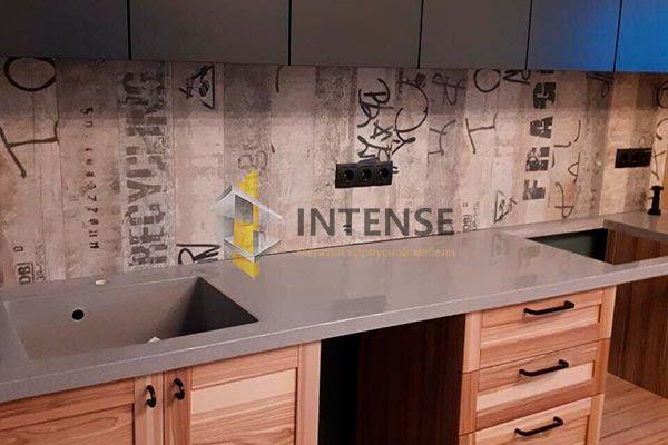 Магазин корпусной мебели Intense производит Кухни Современный стиль - Кухня оливковый шпон + ясень, фасады сборные.