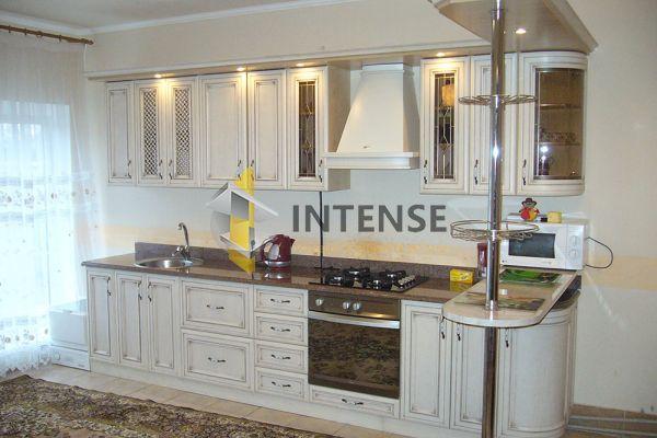 Магазин корпусной мебели Intense производит Кухни Классический стиль - Кухня Эмилия