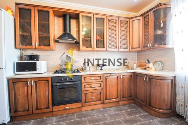 Магазин корпусной мебели Intense производит Кухни Классический стиль - Кухня Женева