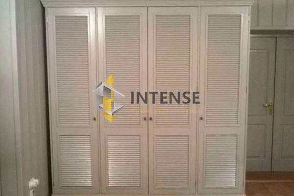 Магазин корпусной мебели Intense производит  - Шкаф из массива дуба. 2400*2100