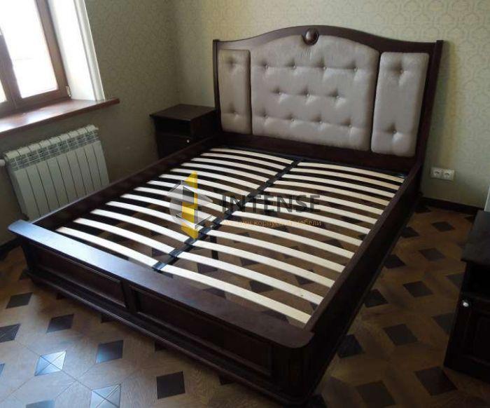 Магазин корпусной мебели Intense производит Кровати из массива - Кровать с тумбами