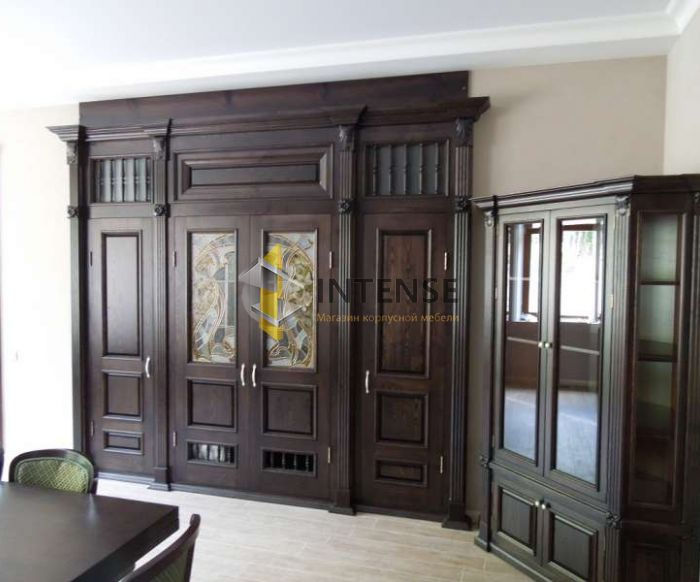 Магазин корпусной мебели Intense производит Шкафы из массива - Шкаф с буфетом